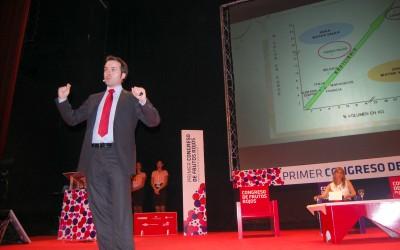 La apuesta por el valor añadido y el modelo británico de comercialización cierran la primera jornada del Congreso de Frutos Rojos