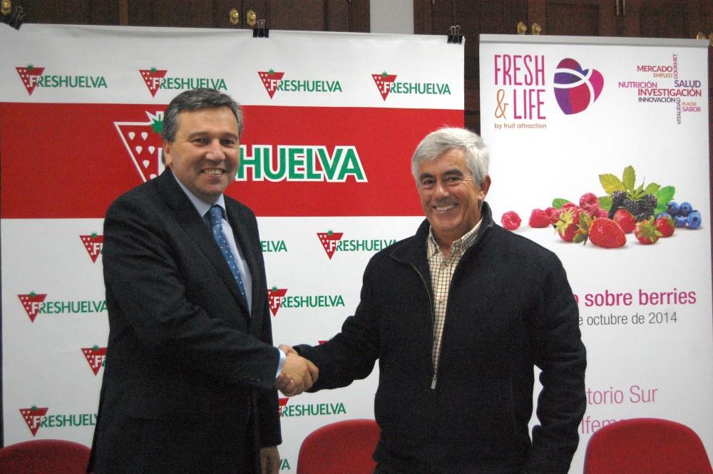 El Instituto de Estudios Cajasol impulsa con la colaboración de Freshuelva el I Congreso de Frutos Rojos para debatir sobre el futuro del sector