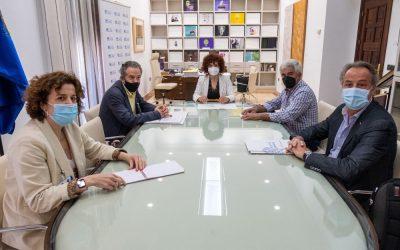 La Diputación de Huelva reafirma su compromiso con el Congreso Internacional de Frutos Rojos