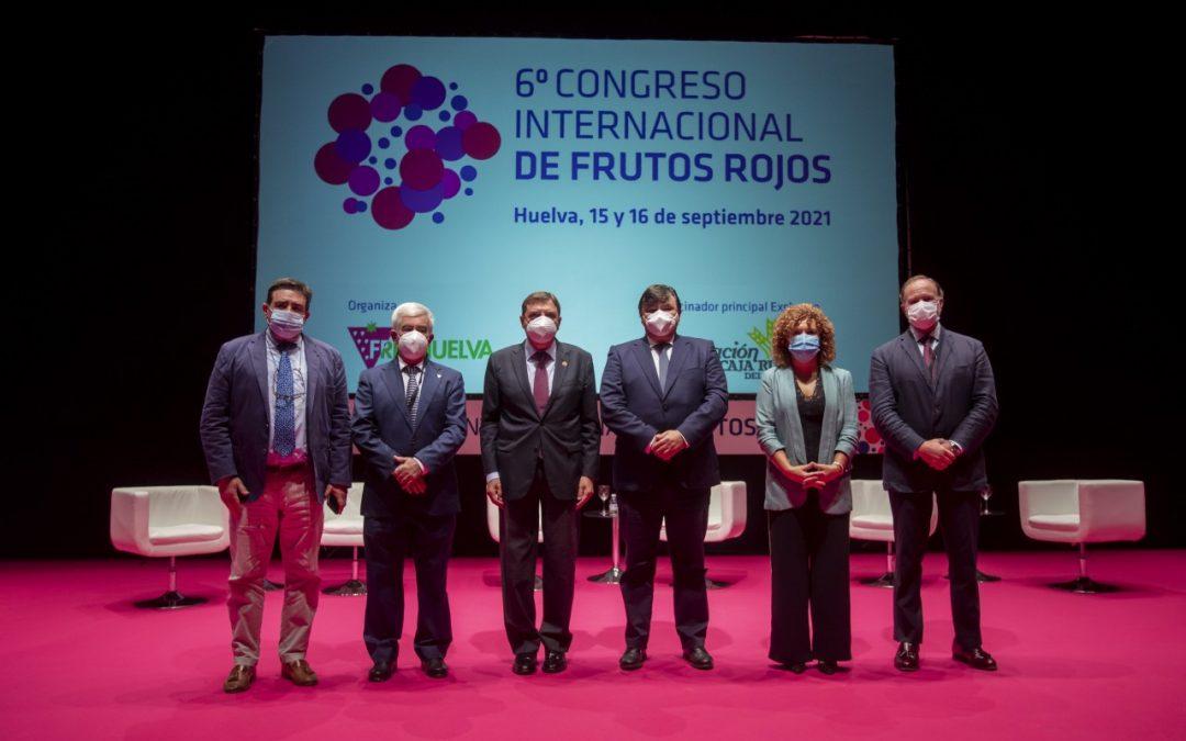 """Carlos Ríos asegura en la apertura del VI Congreso Internacional de Frutos Rojos que las berries """"salvan vidas"""" por su alto nivel de """"salud y bienestar"""""""